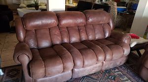 Reclinable leather soda & love seat for Sale in Las Vegas, NV