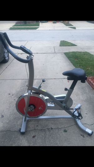 Exercise Bike ( Sunny Health & Fitness) for Sale in Bloomingdale, IL