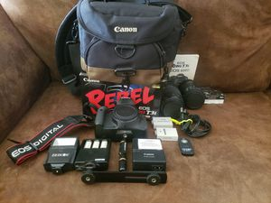 Canon rebel T3i bundle. 3 batteries, charger, 2 lenses and much much more. Everything in perfect condition for Sale in Houston, TX