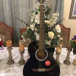 Fender FA135CE Electric Acoustic Guitar for Sale in Bell Gardens, CA