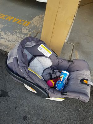 Chicco Baby Infant Car Seat for Sale in La Mesa, CA