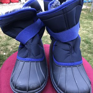 Boys Childrens Place Snow Boots for Sale in Plainview, NY