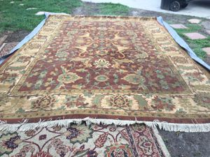"""Indoor rug size 7""""""""8 x 11""""""""2 Clean and nice condition . Made USA for Sale in San Bernardino, CA"""