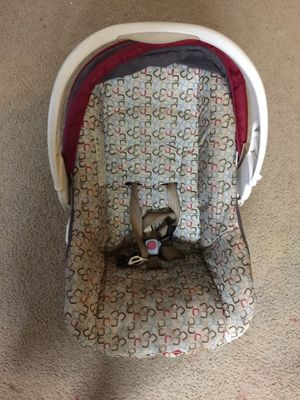 Safety 1st Rear facing car seat for Sale in Pittsburgh, PA