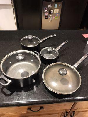 Pots and pan set for Sale in Phoenix, AZ