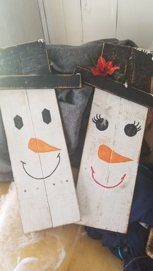 Hanging snow couple for Sale in Bloomington, IL