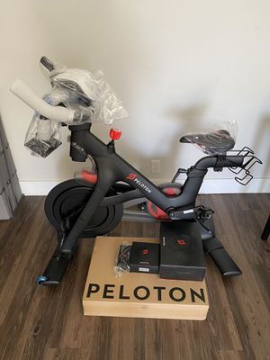 Peloton (brand new, gen 3, still in packaging)! for Sale in Los Angeles, CA