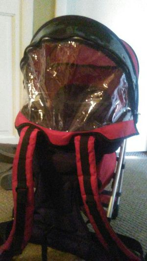 Chicco baby carrier for Sale in Charter Township of Clinton, MI