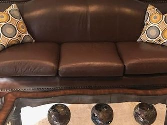 Genuine Leather Sofa Set Including Center Table for Sale in Wood Dale,  IL