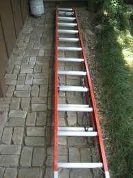 24 ft fiberglass extension ladder for Sale in Seattle, WA