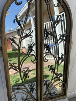 Vintage Arched Mirror with Accent Doors for Sale in Montebello,  CA