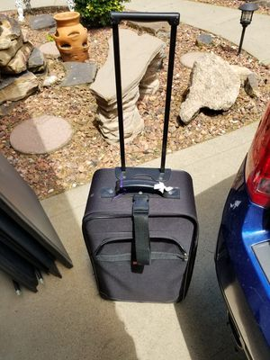 Suitcase for Sale in Moon, PA