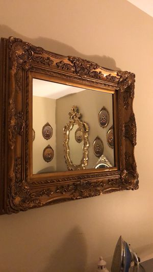 "36""X31"" beautiful Antique Vintage French Wooden Mirror for Sale in Gainesville, VA"