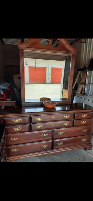 QUALITY SOLID WOOD LONG DRESSER, 9 DRAWERS, WITH BIG MIRROR ALL DRAWERS SLIDING SMOOTHLY EXCELLENT CONDITION for Sale in Fairfax, VA