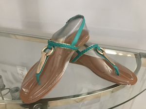 NEW GREEN AND GOLD FLAT SANDALS, new in box size 8 for Sale in Miami, FL