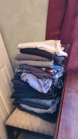 Men's pants for Sale in Maricopa, AZ