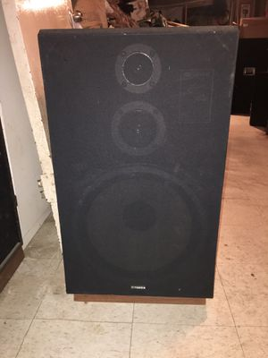 Fisher st-830 vintage speakers for Sale in Passaic, NJ