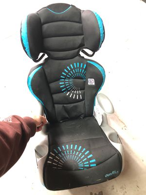 Child's car seat/booster combo for Sale in Virginia Beach, VA