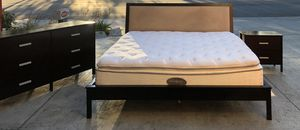 ⭐️⭐️⭐️Beautiful King Size Bedroom Set 🌸🌸⭐️⭐️⭐️🚚 for Sale in Campbell, CA