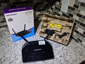 NETGEAR R6230 router for Sale, used for sale  East Orange, NJ