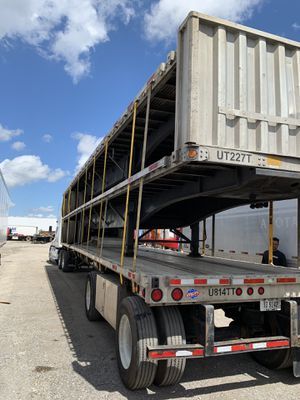 UTILITY FLATBED 2013 for Sale in Miami, FL