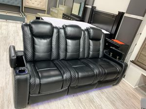 🍻$39 Down Payment 💥  EXCLUSIVE] Party Time Midnight LED Power Reclining Living Room Set with Adjustable Headrest for Sale in Jessup, MD