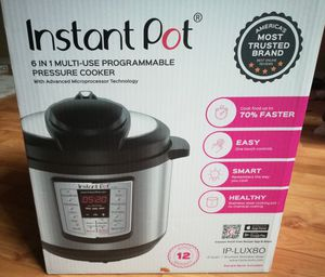 Brand new Instant Pot 8 quart Programmable coocker for Sale in Mill Creek, WA