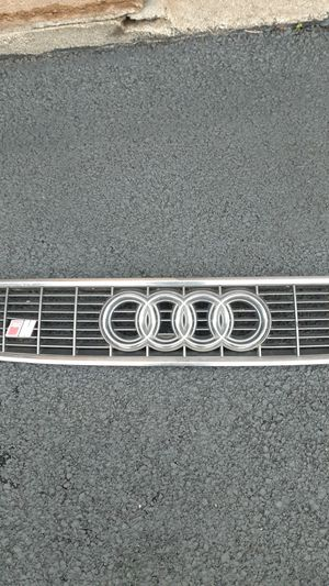 Grill for Audi S4 for Sale in Mount Prospect, IL