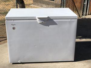 Whirlpool freezer for Sale in Fresno, CA