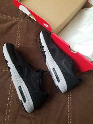 Nike Air Max for Sale in Stickney, IL
