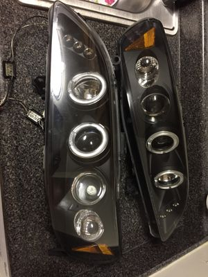 Accord 98 to 2002 halo Headlights for Sale in Silver Spring, MD