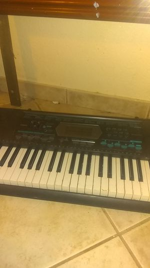 CASIO CTK - 2100 Piano for Sale in Las Vegas, NV