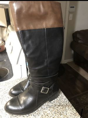 Boot 👢 size 8.5 for Sale in Raleigh, NC