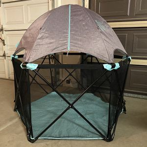 Like New Summer Pop 'n Play Deluxe Ultimate Playard Full Coverage Indoor/Outdoor Portable for Sale in Peoria, AZ