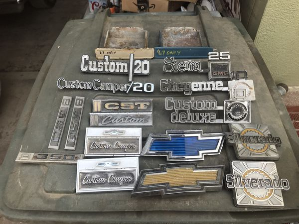 67-87 Chevy Gmc C10 pickup truck emblems