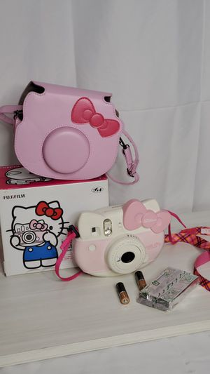 instax mini Hello Kitty instant camera for Sale in Long Beach, CA
