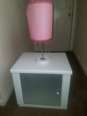 Bedside table with lamp for Sale in Riverside, CA