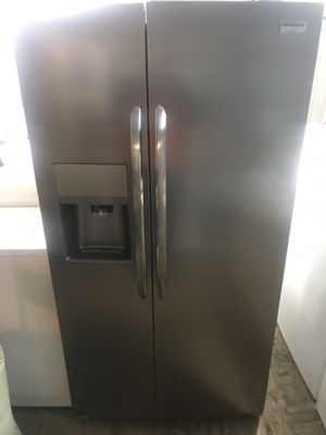 Brand New Side x Side Frigidaire Refrigerator for Sale in Baltimore, MD
