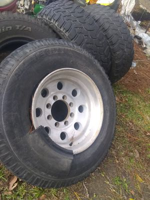 16s. For a Chevy 8 lugs. 3500. 2500 for Sale in Houston, TX