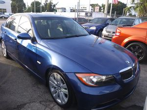 2008 bmw 3 series. Leather. Sunroof. for Sale in Miami, FL
