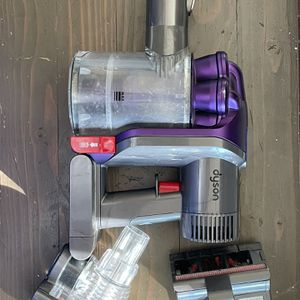 Dyson Handheld Animal DC31 for Sale in Rancho Cucamonga, CA