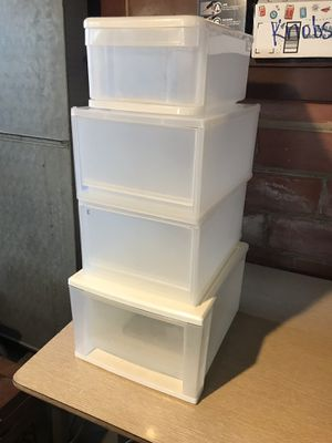 Plastic Drawer Storage for Sale in Cleveland, OH