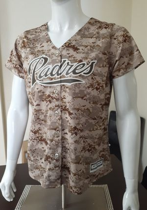 Women's Padres Majestic Camo Jersey for Sale in Chula Vista, CA