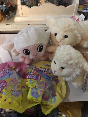 Lamb Chop Plushy Dolls And Fingerlings NEW! for Sale in Citrus Heights, CA