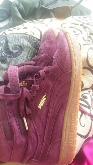 Girls puma purple shoes size 8 1/2 for Sale in West Palm Beach, FL