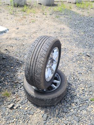 Toyo 215 60 16 Tire Pair for Sale in Portland, OR
