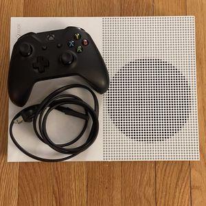 Xbox 1s READ DESC!!! for Sale in Lombard, IL