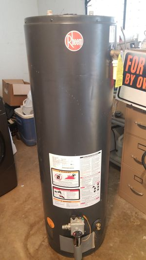 Gas water heater for Sale in Corpus Christi, TX