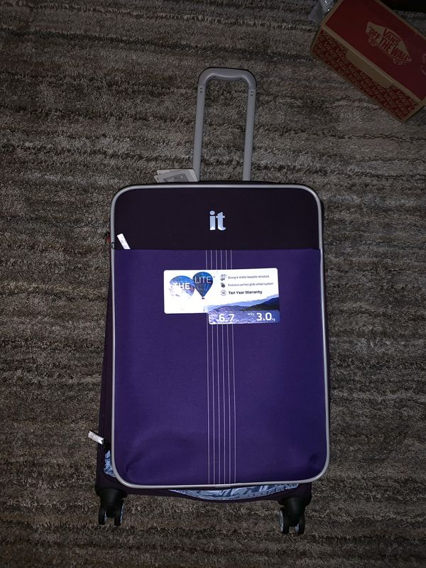 "Brand new luggage "" It "" brand"