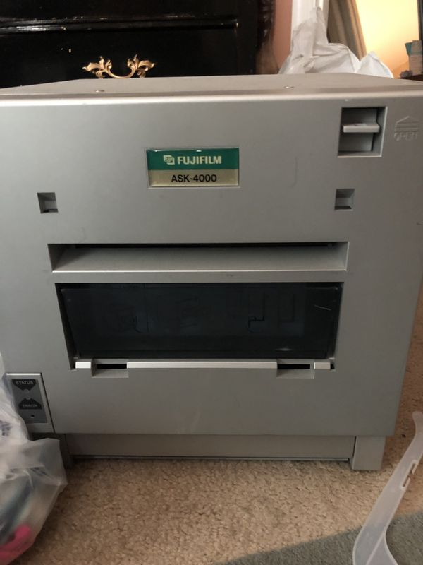 Photo printer with paper and ink fujifilm ask-4000 for 200 or OBO
